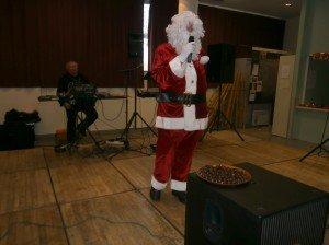 Le père Noël avant le distibution des chocolats